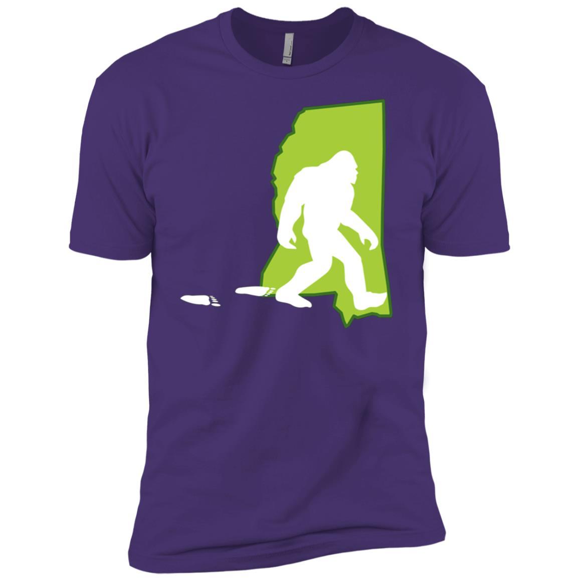 Mississippi State Bigfoot Hunter Men Short Sleeve T-Shirt