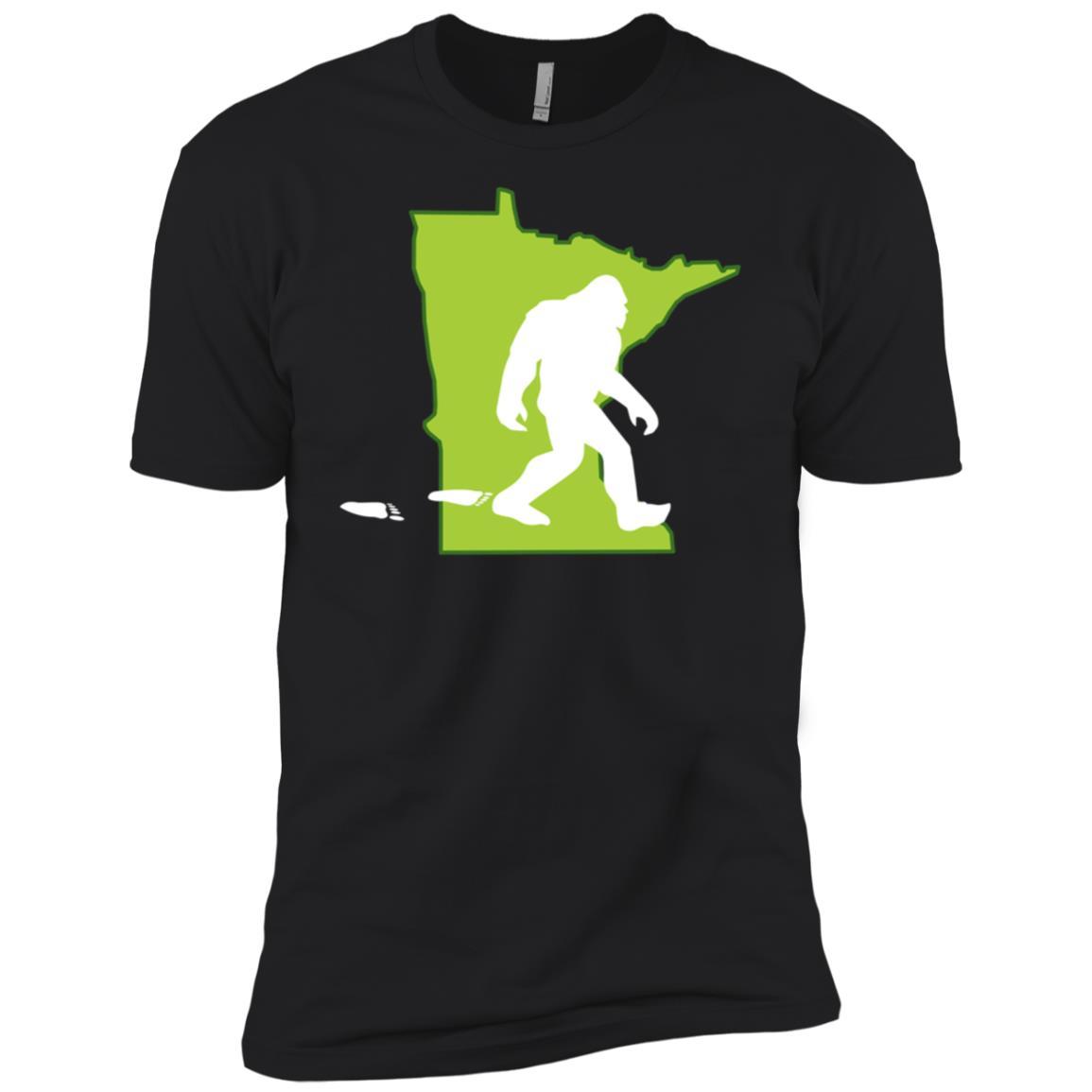 Minnesota State Bigfoot Hunter Men Short Sleeve T-Shirt