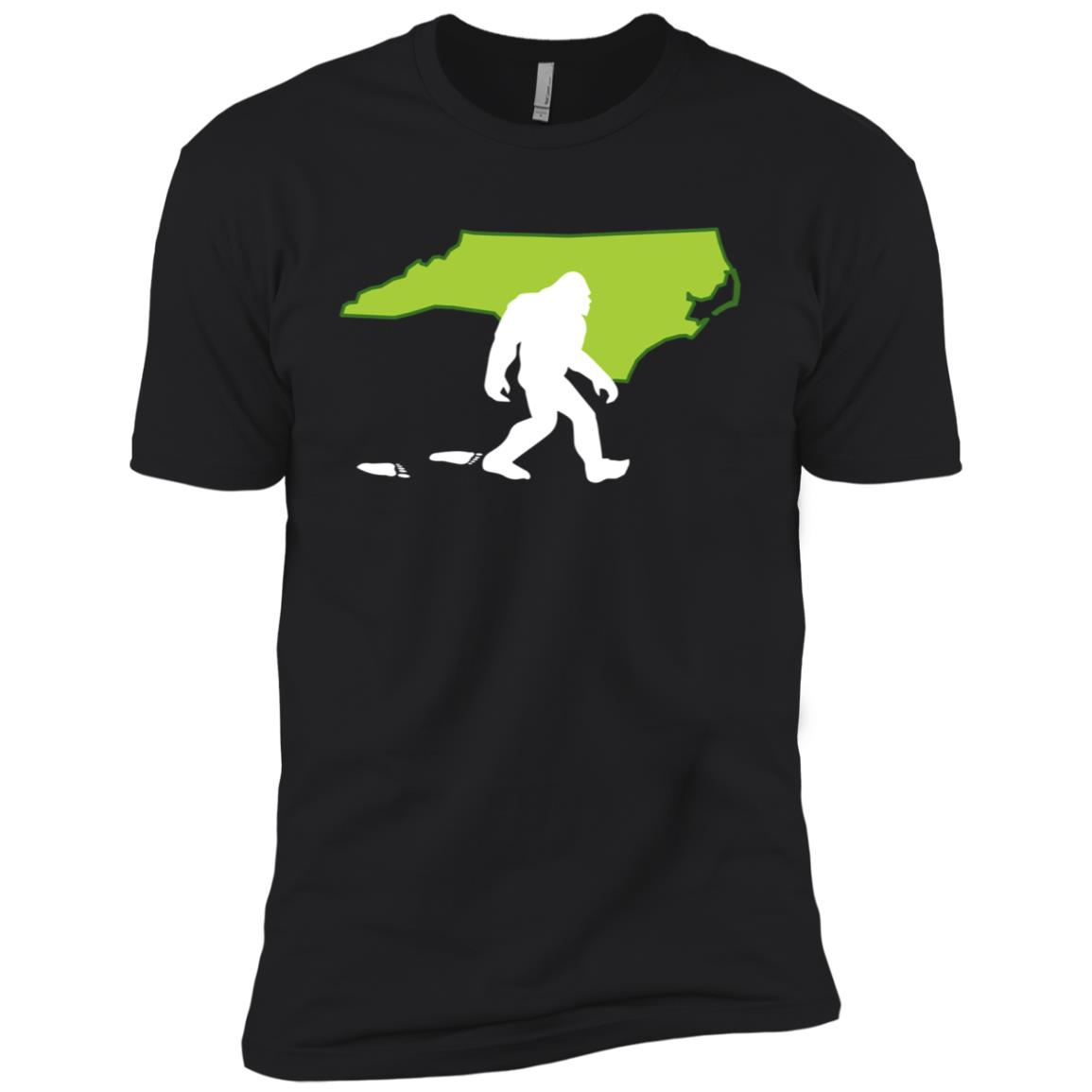 North Carolina State Bigfoot Hunter Men Short Sleeve T-Shirt