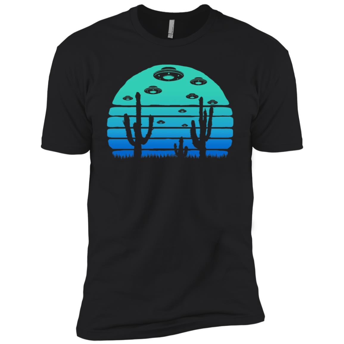 Retro UFO and Desert Cactus Night Moon – Believe! Men Short Sleeve T-Shirt