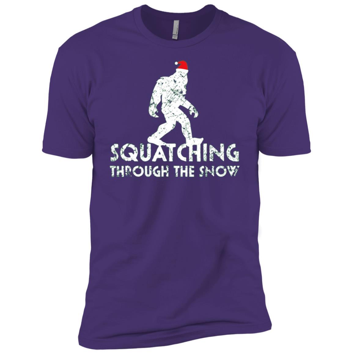 Squatching Through The Snow, Funny Bigfoot Christmas Men Short Sleeve T-Shirt