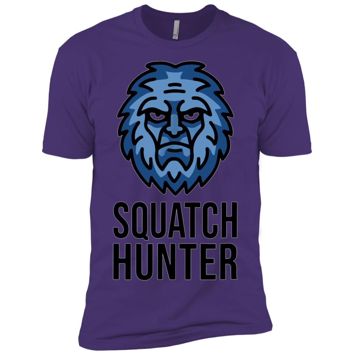 Squatch Hunter Funny Bigfoot Hunting Men Short Sleeve T-Shirt