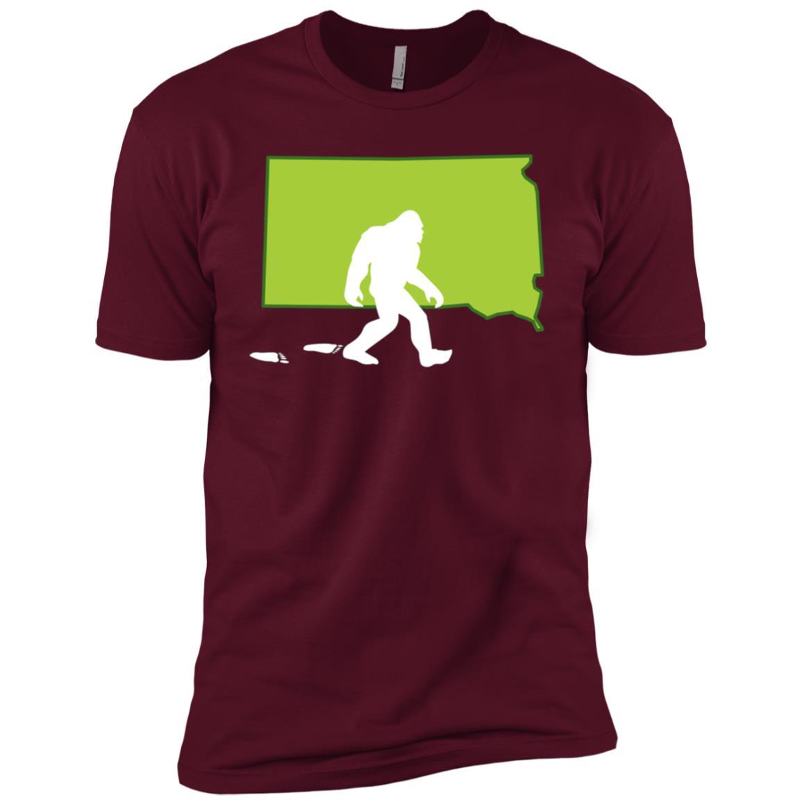South Dakota State Bigfoot Hunter Men Short Sleeve T-Shirt