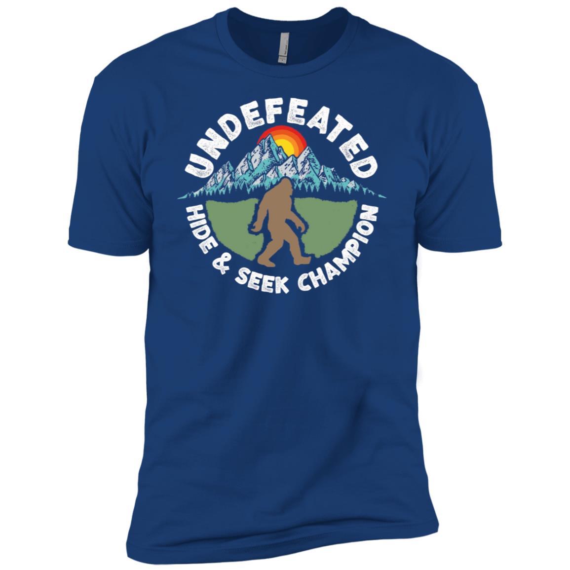 Vintage Hide & Seek Champ Funny Bigfoot Men Short Sleeve T-Shirt