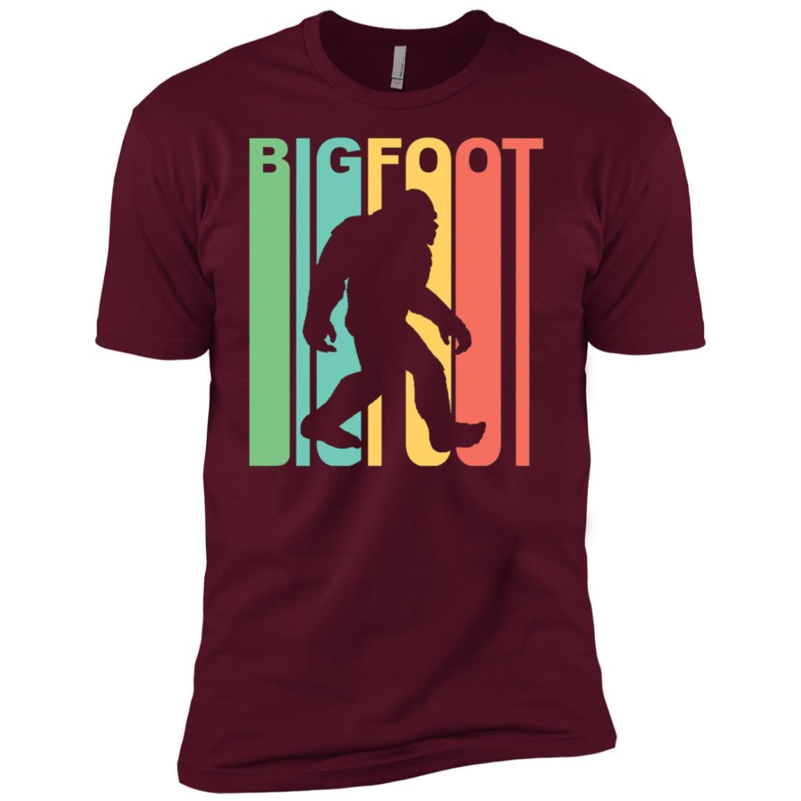 Vintage Retro 1970s Style Rainbow Bigfoot Silhouette Men Short Sleeve T-Shirt