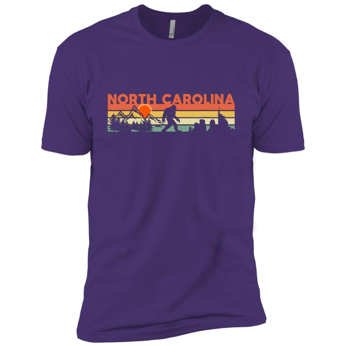 Vintage North Carolina Bigfoot Silhouette Sun Men Short Sleeve T-Shirt