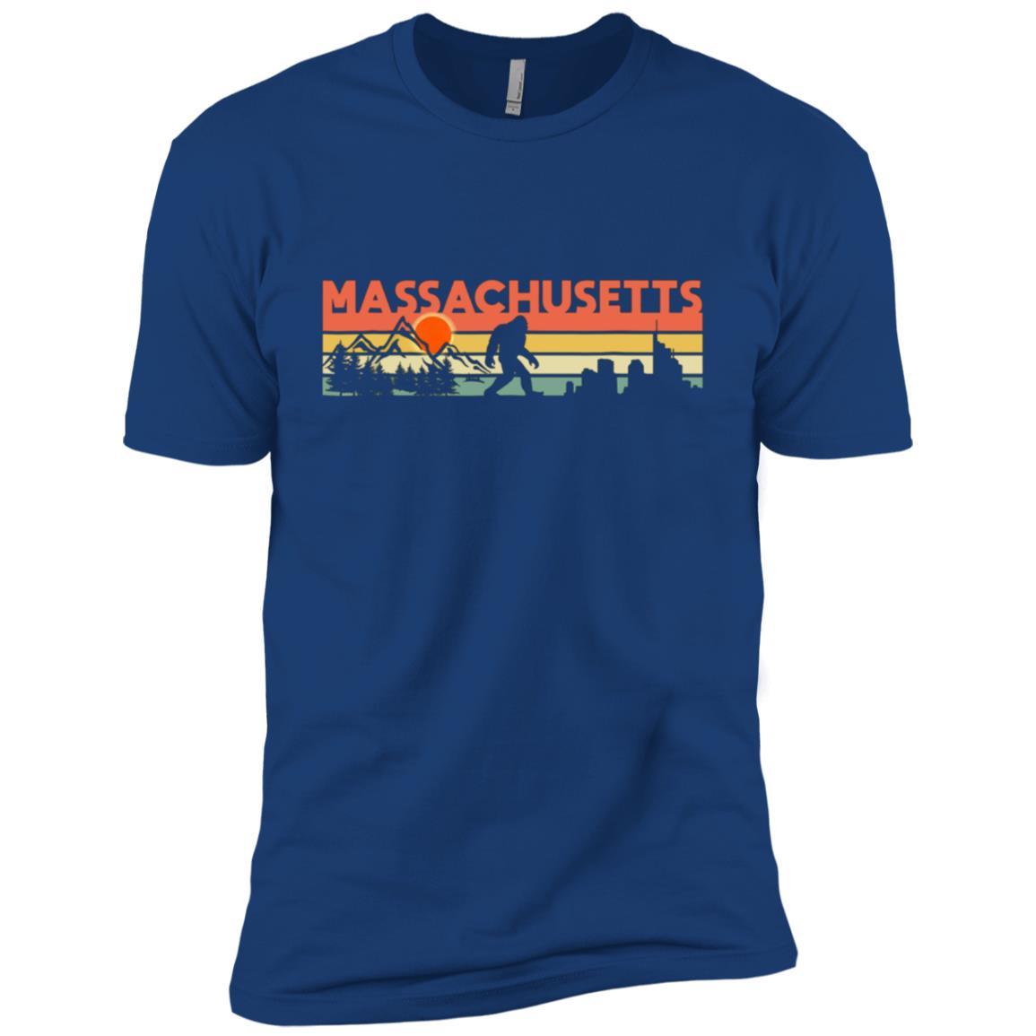 Vintage Massachusetts Bigfoot Silhouette Sun Men Short Sleeve T-Shirt