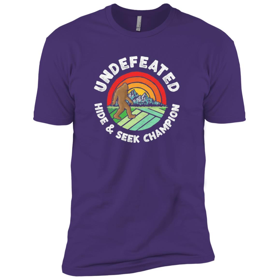 Vintage Hide & Seek Champ Funny Bigfoot -2 Men Short Sleeve T-Shirt