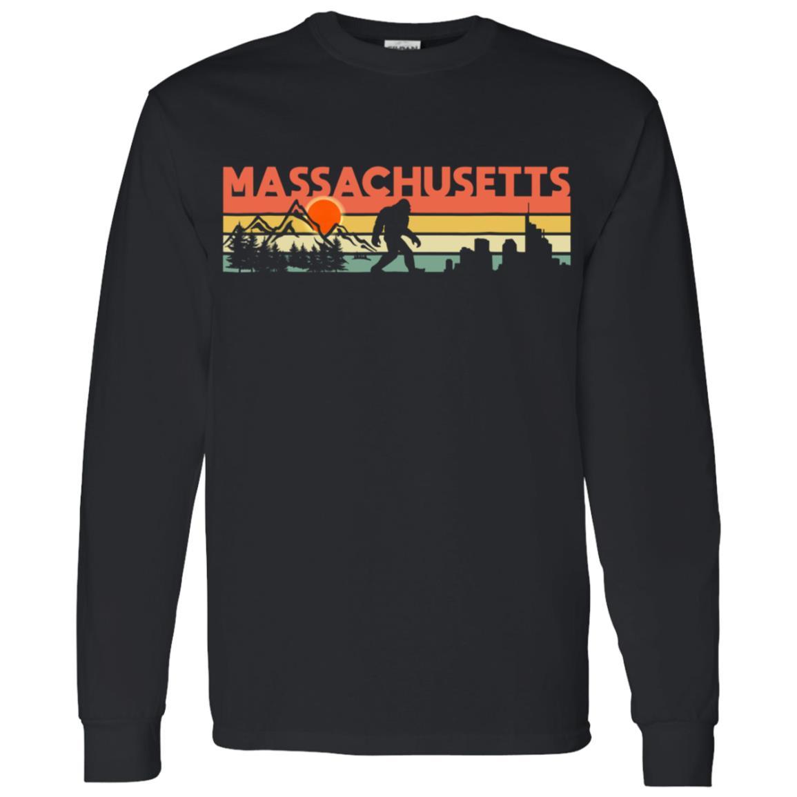Vintage Massachusetts Bigfoot Silhouette Sun Men Long Sleeve T-Shirt