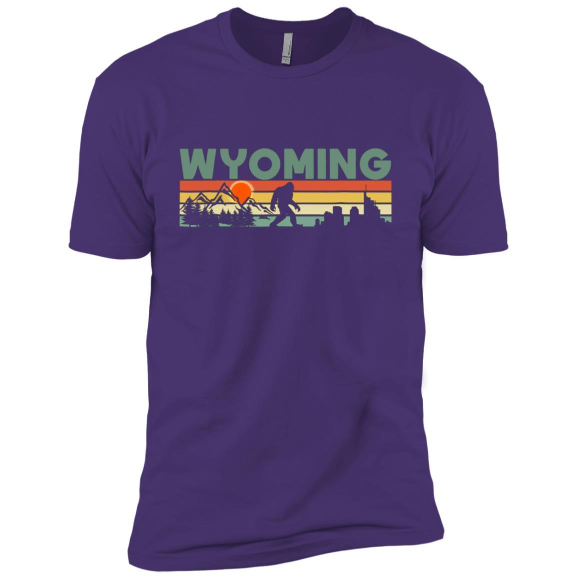 Vintage Wyoming Bigfoot Silhouette Sun – Believe! Men Short Sleeve T-Shirt