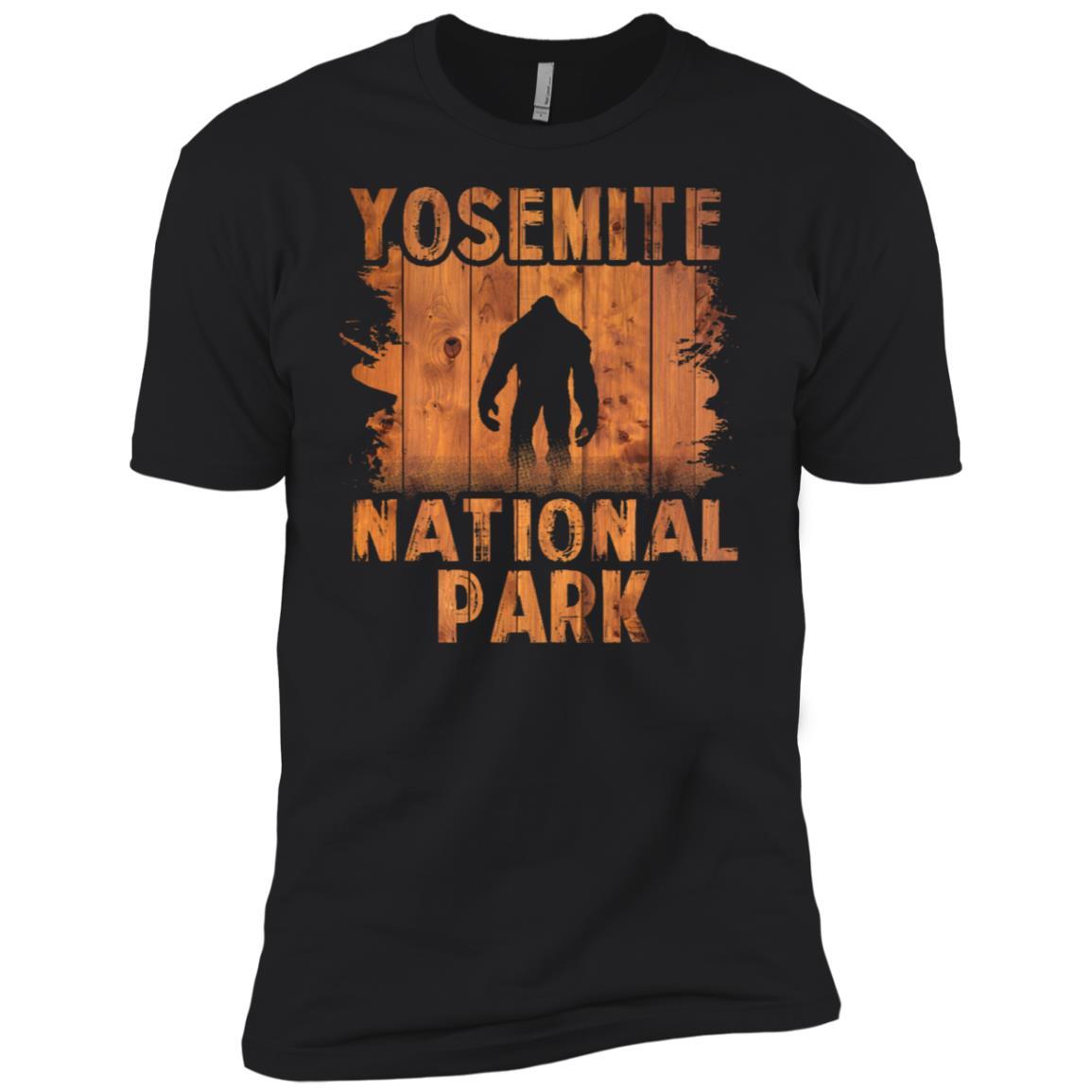 Yosemite National Park Bigfoot California Men Short Sleeve T-Shirt