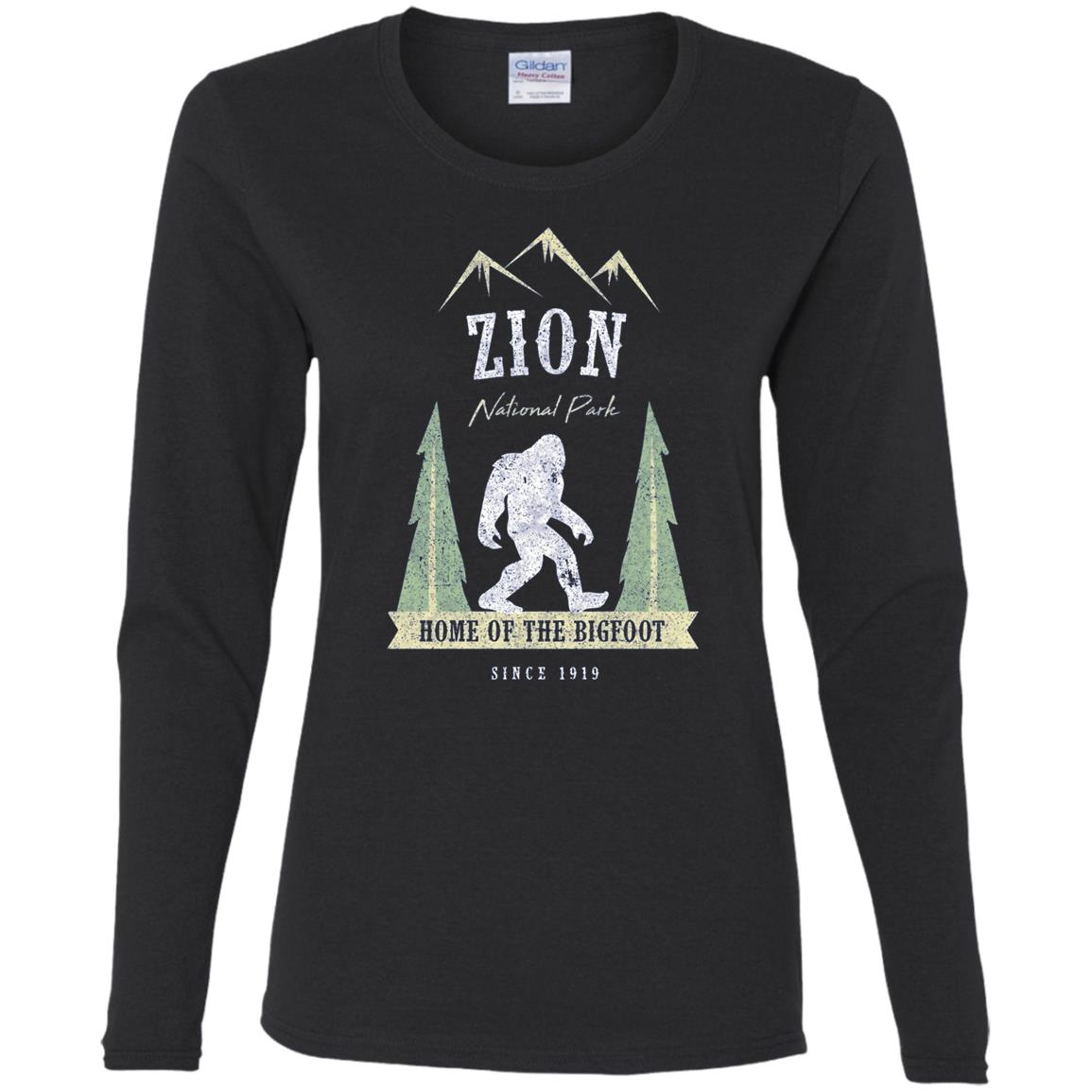 Zion National Park Vintage Bigfoot Utah Gift Women Long Sleeve T-Shirt