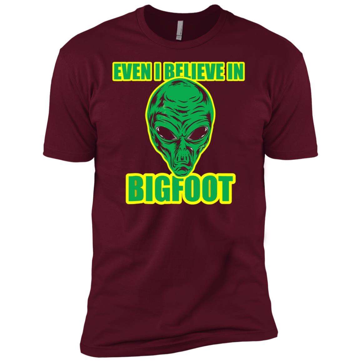 Aliens Believe In Bigfoot Funny Men Short Sleeve T-Shirt