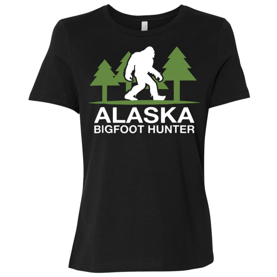 Alaska Bigfoot Hunter Funny Sasquatch Women Short Sleeve T-Shirt