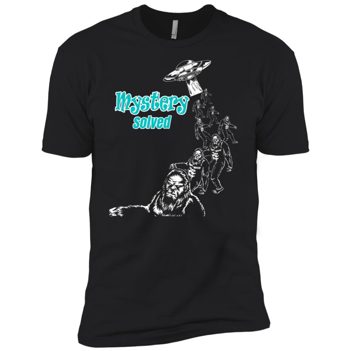 BigFoot Alien Invasion Science Fiction Lover Men Short Sleeve T-Shirt