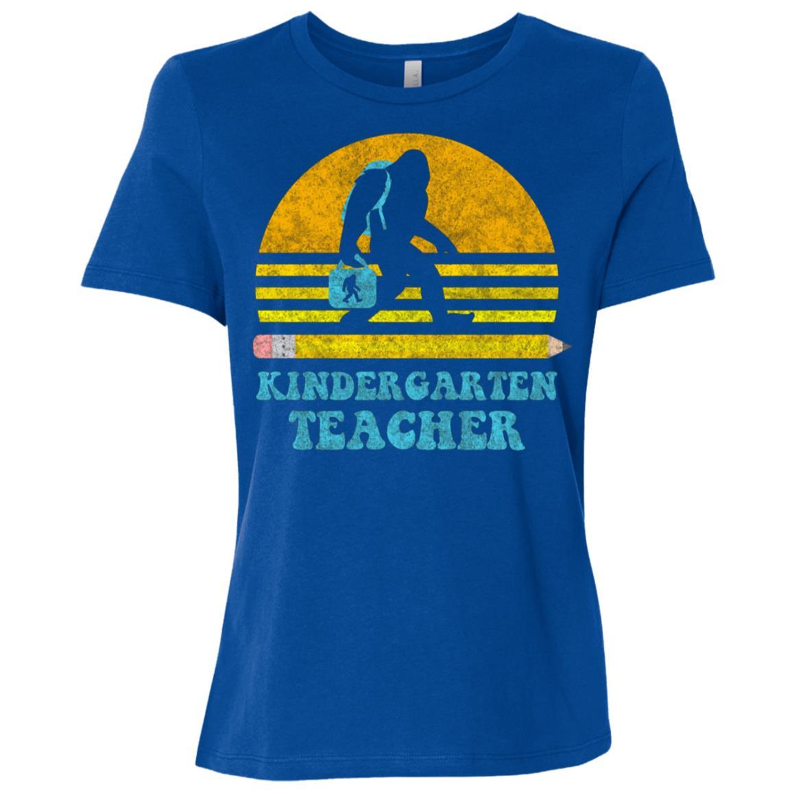 Bigfoot Kindergarten Teacher Retro Vintage School Gift Women Short Sleeve T-Shirt