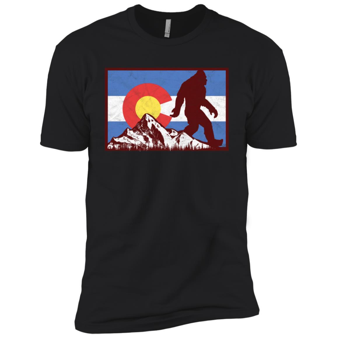 Bigfoot Rocky Mountains Colorado Flag Men Short Sleeve T-Shirt