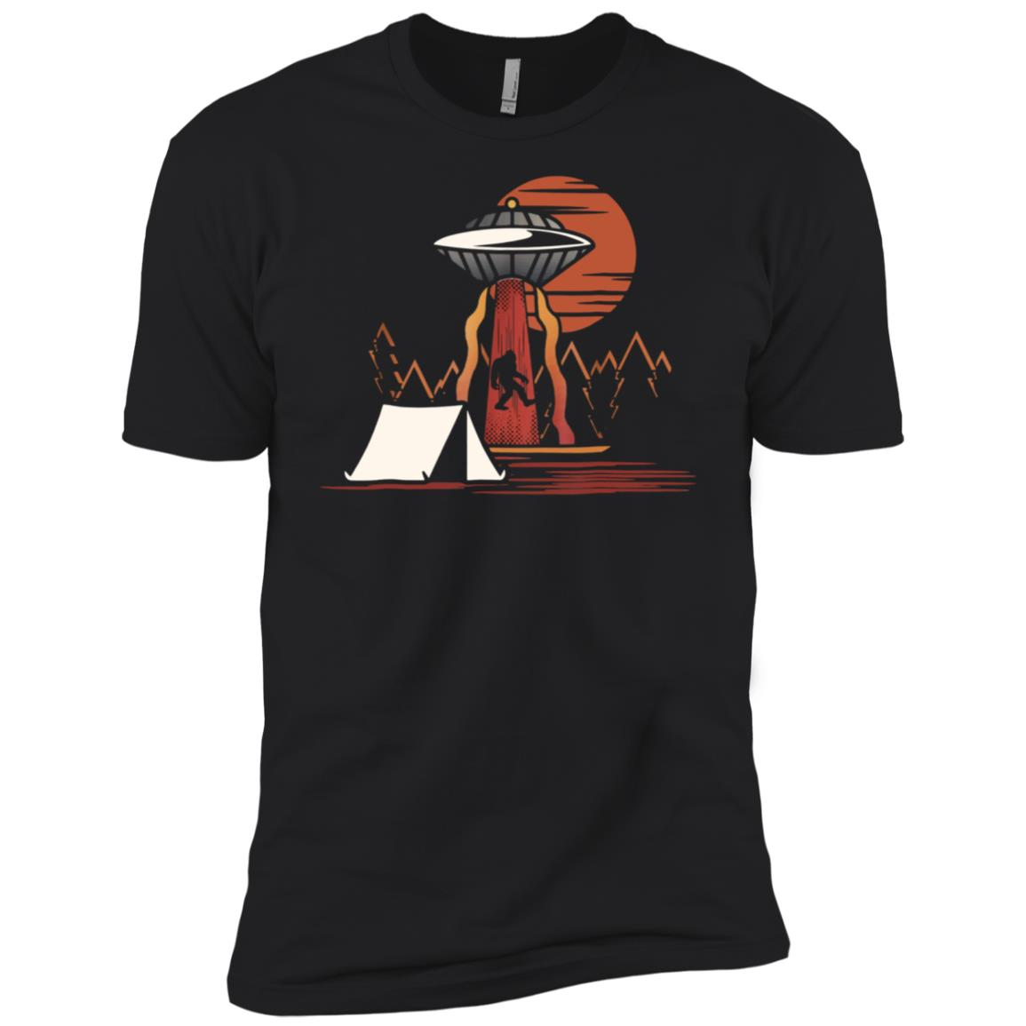 Bigfoot ufo abduction believe Men Short Sleeve T-Shirt