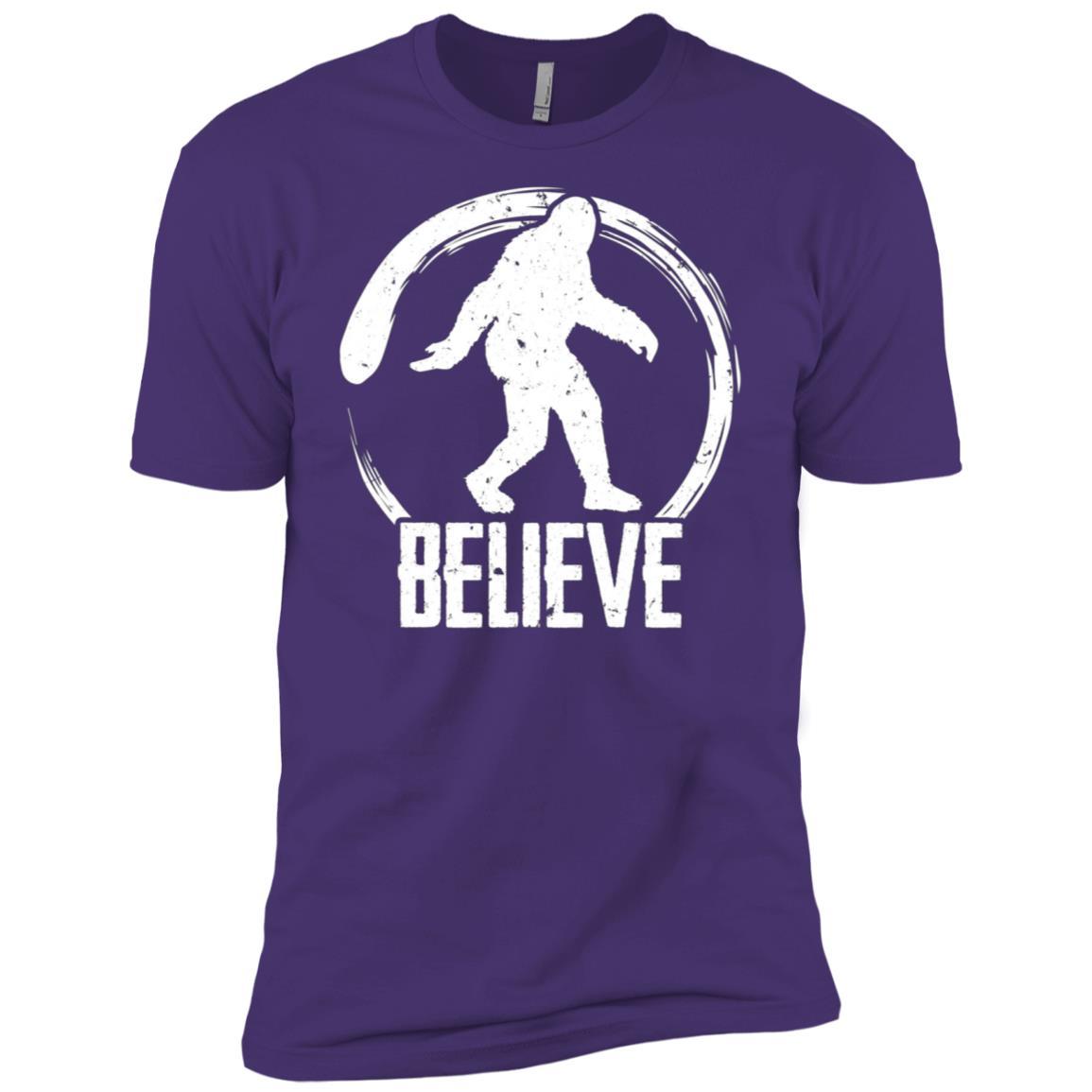 Funny Believe in Bigfoot d Men Short Sleeve T-Shirt