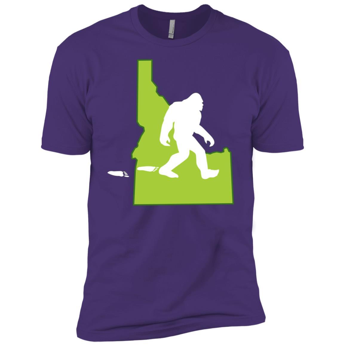 Idaho State Bigfoot Hunter Men Short Sleeve T-Shirt