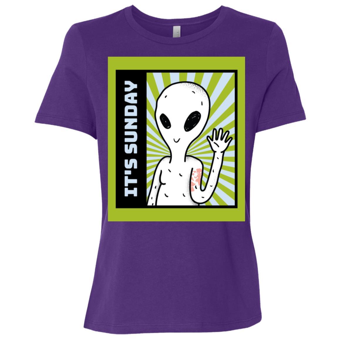 Funny It's Sunday Green Alien gift idea Women Short Sleeve T-Shirt